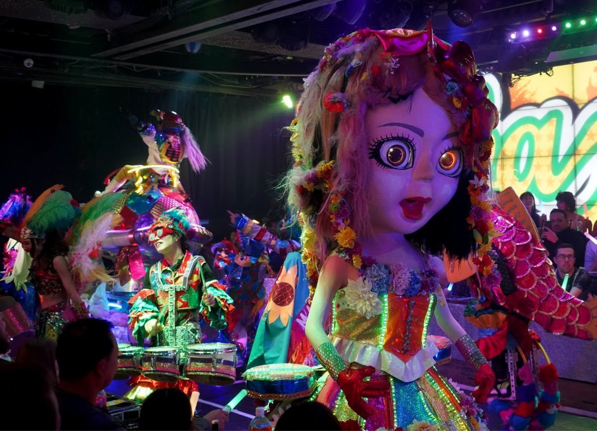 Robot Restaurant Animal Parade