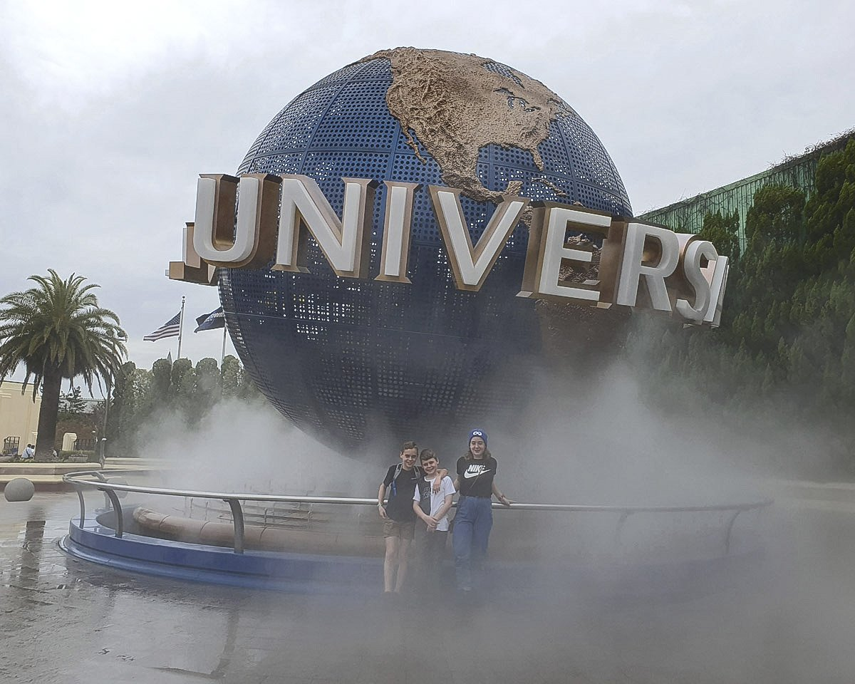 Universal Studios sign at the park entrance